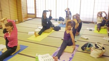 20100417Flexucshion x Yoga2