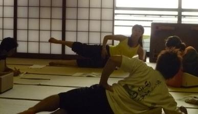 20101218フレックスクッションストレッチ伊藤まどか先生2